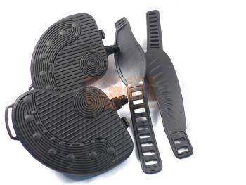 paire de pédales noires avec strap